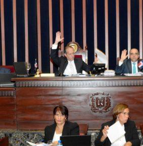 Tema del arrastre entre diputados y senadores  aprobado  en Voto Preferencial  crea malestar