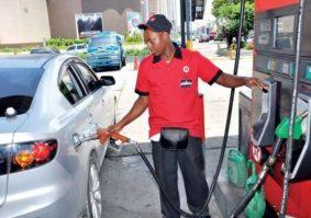 Ministerio Industria y Comercio dispone reducciones en precios de las gasolinas y sube el gasoil