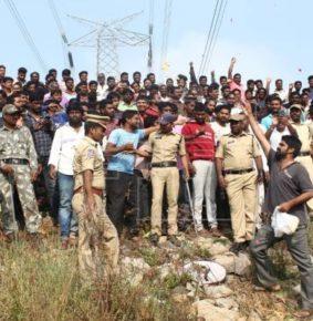 Matan a cuatro hombres acusados de violar y asesinar joven veterinaria en La India